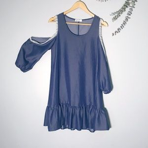 🌻Blue Blush Cold Shoulder Midi Dress SZ Small